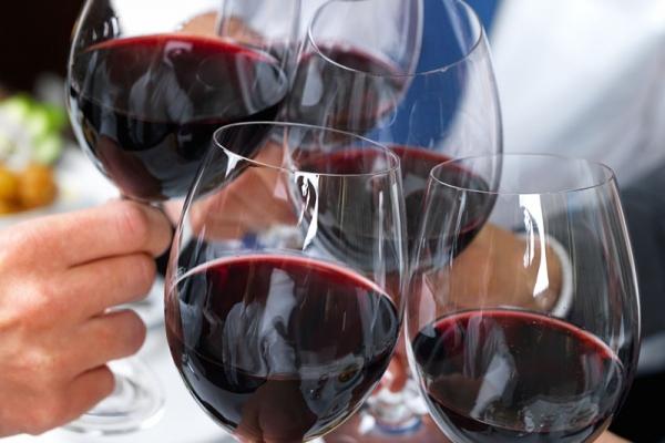 wine_glasses-600x400